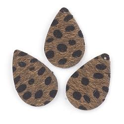 pendentifs en cuir pu, avec faux tissu de crin, goutte d'eau avec motif tache, darkgoldenrod, 39x25x2 mm, trou: 1.5 mm(X-FIND-T020-051)