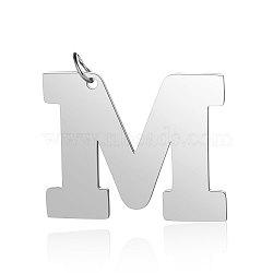 Pendentifs en 201 acier inoxydable, alphabet, couleur inoxydable, letter.m, 29.5x36x1.5mm, Trou: 4.5mm(STAS-S105-T585S-M)