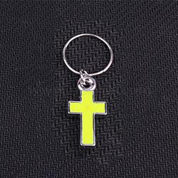pendants de résine, avec anneau en fer, traverser, platine, jaune, 32 mm, croix: 21x11x3 mm, trou: 12.5 mm(RESI-WH0007-04J)
