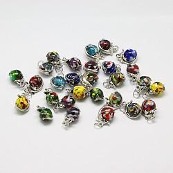 Rondes pendentifs en verre à la main millefiori mixtes, avec les accessoires pendentif en laiton de dauphin de platine plaqué, couleur mixte, 14x21x12mm, Trou: 5mm(LAMP-A147-09)