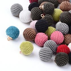 Breloques couverts de tissu manuels, rond, avec les accessoires en laiton, or, couleur mixte, 16~17x14.5~15mm, Trou: 1.5mm(X-WOVE-S079-14mm-M1)