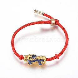bracelets réglables en nylon, bracelets de slider, bracelets bolo, avec des perles en émail en alliage (la couleur change avec la température) et en laiton, Pi Xiu, or, rouge, 7-7 / 8 (20 cm); 3 mm(X-BJEW-L639-08B)