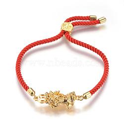 """Bracelets réglables en nylon, Bracelets coulissants, bracelets bolo, avec liens en alliage et accessoires en laiton, Pi Xiu, or, rouge, 9"""" (23cm); 3mm(BJEW-L639-05)"""