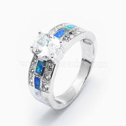Bagues avec zircon cubique, avec opale synthétique et accessoires en laiton, Plaqué longue durée, ovale, taille 7, clair, platine, 17.5mm(RJEW-O030-02P-B)