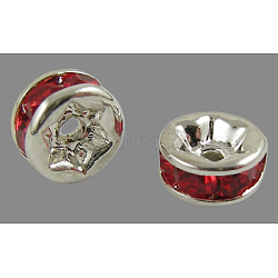 Perles séparateurs en laiton avec strass, Grade a, rouge, rondelle, sans nickel, couleur argentée, environ 7 mm de diamètre, épaisseur de 3.2mm, Trou: 1.2mm(X-RSB037NF-08)