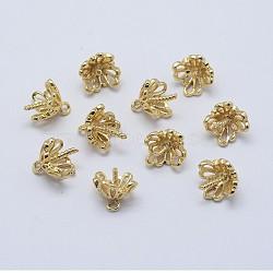 tasse en laiton pendentif perle bails broches pendentifs, pour la moitié de perles percées, plaqué longue durée, réel 18 k plaqué or, sans nickel, fleur, 10x9 mm, trou: 1 mm; broches: 1 mm(KK-F727-86G-NF)