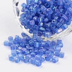 6/0 cube de couleurs transparentes arc-en-trous ronds plaqués perles de rocaille en verre, cornflowerblue, 3.5~4x2.5~3mm, trou: 0.5 mm; environ 5500 pcs / 450 g(SEED-I003-F168)