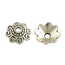 Coupelles de style tibétain en alliage, multi-pétale, sans plomb et sans cadmium, argent antique, 10x3mm, trou: 2 mm; environ 58 pcs / 20 g(Y-TIBE-35793-AS-RS)