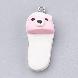Pendentifs en pâte polymère manuels, avec les accessoires en fer, pantoufle avec ours, platine, blanc, 34~35x14x13mm, Trou: 2mm(X-CLAY-T012-29)
