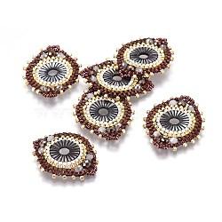 MIYUKI® & TOHO® connecteurs japonaises en perles rocailles manuells, motif de tissage, avec coquille, plat rond, colorées, 32~33x26~27x4mm, Trou: 2mm(SEED-A029-DA33)