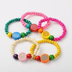 Bracelets de bijoux en bois pour les enfants, cadeaux de fête des enfants, avec la couleur aléatoire rond et plat avec des perles de motif spirale, couleur mixte, 45mm(BJEW-JB01264)