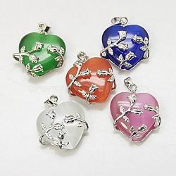 Pendentifs en œil de chat, avec les accessoires en laiton, cœur, couleur platine, couleur mixte, 25x21x9mm, Trou: 5x4mm(CE-H006-M)