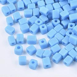 6/0 perles de rocaille en verre, trou rond, cube et cuboïde, Bleu ciel, 3~7x3.5x3.5mm, trou: 1.2 mm; environ 4500 PCs / sachet (SEED-S026-01A-03)